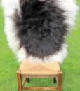 schapenvacht nr 1643 langharig zwart wit