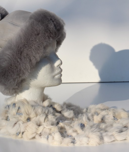 muts-lamsvacht-grijs maat S sjaal konijnenvacht
