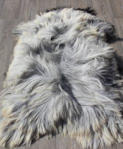 schapenvacht-grijs-langharig-1622-heideschaap-