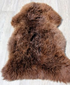 schapenvacht-bruin-knuffelzacht-eco