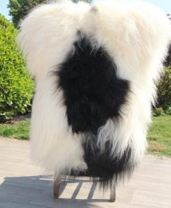 schapenvacht-zwart-wit-eco-langharig-011