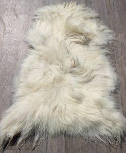 schapenvacht-zwart-wit-eco-langharig-012
