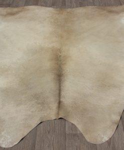 koeienhuid-kuhfell-cowhide-beige-taupe