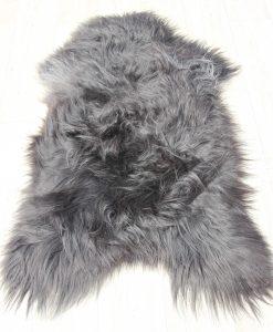 schapenvacht-zwart-wit-herkomst-ijsland-langharig