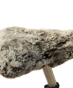 fietszadel-dekje-schapenvacht-grijs