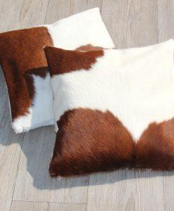 koeienhuid-kussen-dubbelzijdig-vacht-met rits