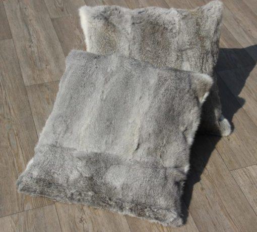kussen-konijnenvacht-grijs