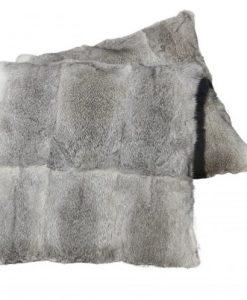 zacht-kussen-grijs-konijnenvacht-