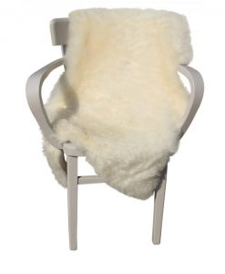 schapenvacht-lamsvacht-babyvacht-ijslander