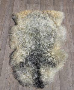 schapenvacht-Gotland-Zweden-pelsschaap