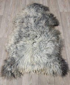 schapenvacht-grijs-langharig