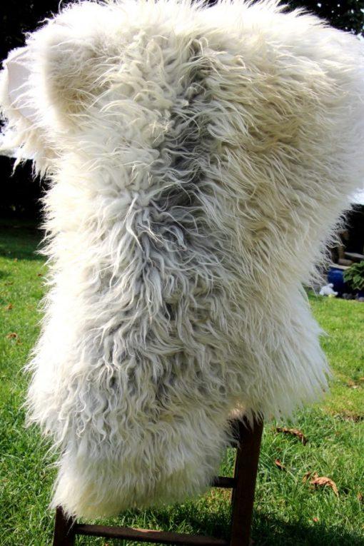 schapenvacht-langharig-knuffelzacht