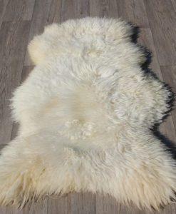 schapenvacht-groot-wit-dikke-wol