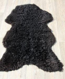 schapenvacht-melerade-zwart-krulvacht