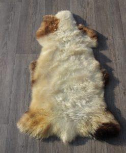 schapenvacht-zachte-wol-bruin-wit