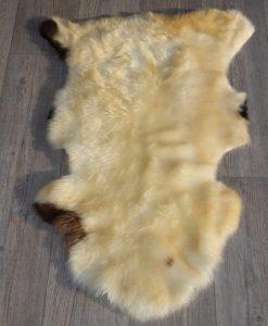 zachte-schapenvacht-d38-ivoor kleur