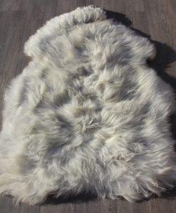 heide-schapenvacht-natuur-grijs-