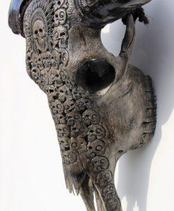 waterbuffalo-gothic-black-skulls
