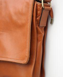 tas-leder-design-cognac-schoudertas