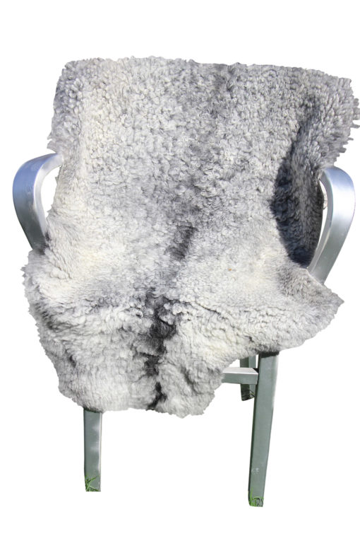 gotlands schapenvacht-krulwol-grijs