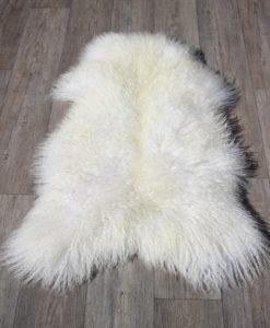schapenvacht-gotland-wit-p1 -langharig-knuffelzacht-