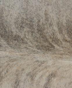 koeienhuid,stierenhuid,ivoorkleur, heel mooi,nr127
