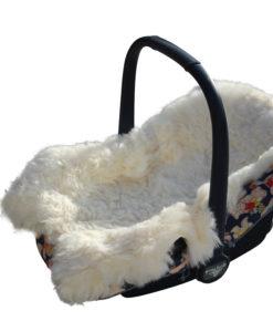 maxicosy-lamsvacht-baby-schapenvacht