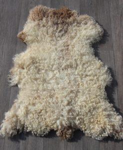 schapenvacht-lamsvacht-blonde-krulwol-S34