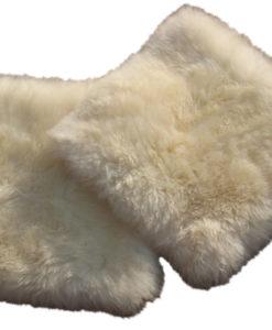 kussen-schapenvacht-roomkleur-