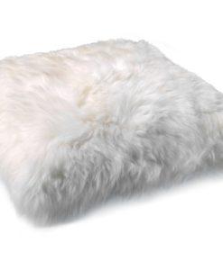 kussen-schapenvacht-ivoor-dikke-wol-.