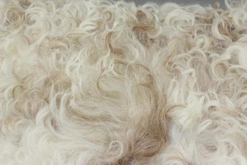 groot schapenvacht bruin-bruin/wit-detail