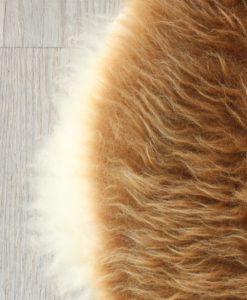 schapenvacht-bruin-wit-detail-foto