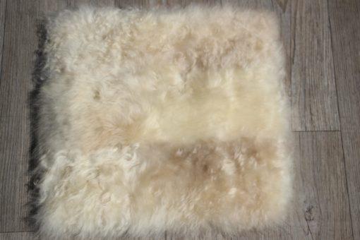 stoelkussen-schapenvacht-naturel-melange