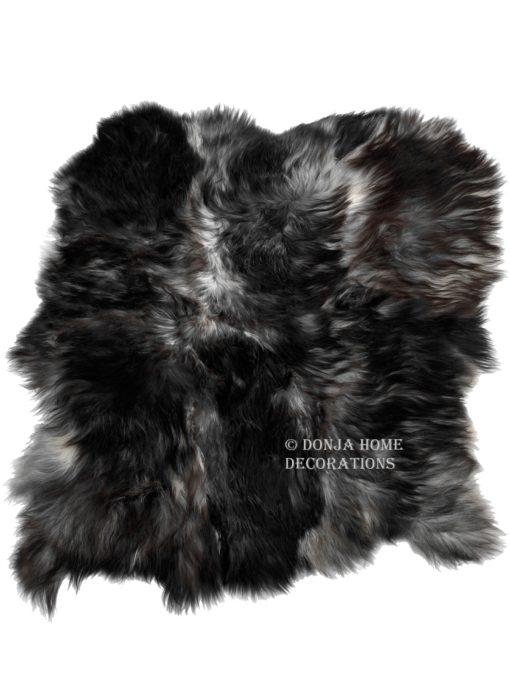 schapenvacht-tapijt-donkergrijs-IJslands-schapenvacht-langharig-