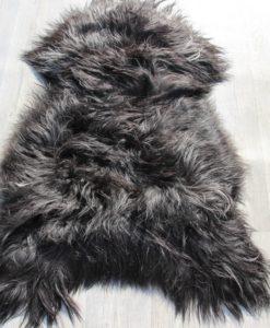 XL schapenvacht-zwart-wit-langharig-