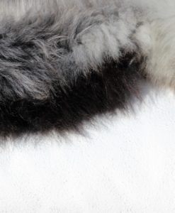 detail-donja-hd-schapenvacht -grijs -nr- 4070