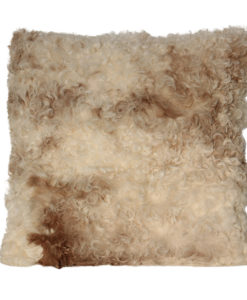 schapenvacht-kussen-room-hazelnootbruin-