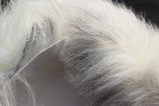heideschapenvacht-XXL- creme-grijs-detail