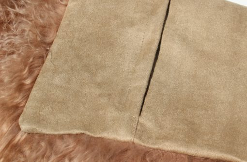 tibet-schapenvacht-kussen-hoes-45-45 cm-dark-nude-