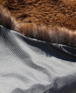 tapijt-schapenvacht-vloerkleed-bruin-met-antislip-onderkleed-